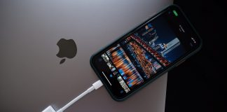 Lightning to Sd Card Camera Reader อุปกรณ์ดีๆ ของ Apple สำหรับเพื่อนๆ ที่ต้องการ ส่งรูปจากกล้องเข้าโทรศัพท์ แบบด่วนจี๋ น้ำหนักเบา พกง่าย ไม่ต้อง Wi-Fi