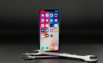 ไม่ได้มีดีแค่กล้อง แต่ iPhone ยังมาพร้อมระบบสุดเจ๋ง เปลี่ยนมือถือธรรมดาให้กลายเป็นอุปกรณ์เฉพาะบุคคล ด้วยเทคนิคและลูกเล่นกว่า 36 แบบที่ถูกซ่อนไว้ในโทรศัพท์